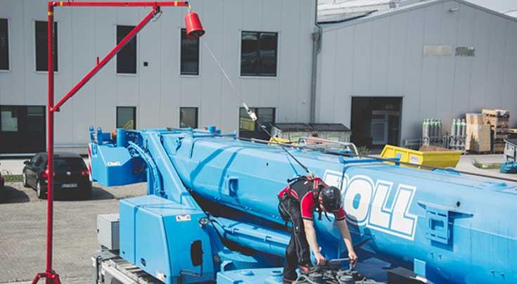 Erh�hte Arbeitssicherheit auf Nutz- und Baufahrzeugen sowie Arbeitsmaschinen: Der ABS AirAnchor bietet flexiblen Schutz. Foto: ABS Safety