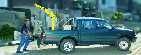Dank Hummel GSK 500 k�nnen schwere Lasten selbst im Einmannbetrieb auf das Transportfahrzeug verladen werden. Foto: Arpo
