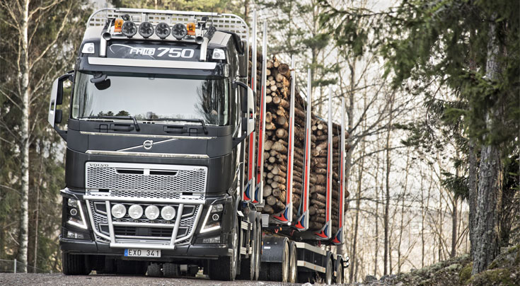 Souver�ne Motorisierung: Mit seinen 750 PS ist der Volvo FH16 der st�rkste Serien-Lkw. Foto: Volvo Trucks