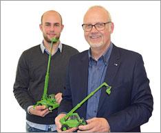 V. l.: Lukas und Ulrich Bogenstahl setzen auf die vielseitig einsetzbaren Teleskoplader. Foto: Merlo