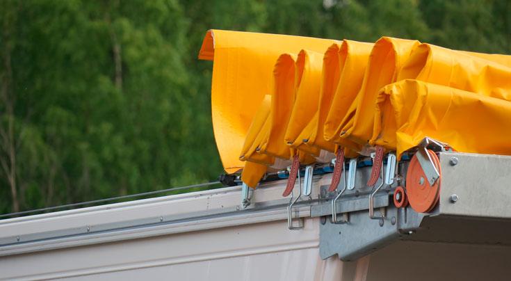 Ladung sichern: Auch Schüttgüter müssen wirkungsvoll gesichert werden.