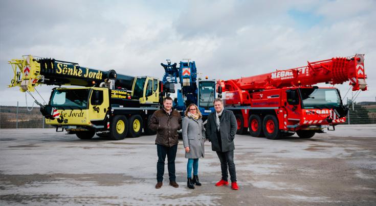 (V.l.: Tim Jordt (Sönke Jordt), Nina Schwarze (Schwarze ASC) und Bernd Preuße (Megalift). Foto: Liebherr